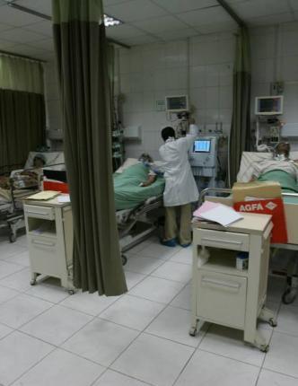 """""""أطباء صنعاء"""".. ضحايا جدد لانتهاكات الحوثيين"""
