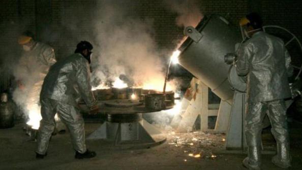 واشنطن وباريس تعلقان على قرار طهران رفع تخصيب اليورانيوم إلى 60%
