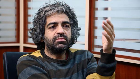 أب يقتـل ابنه المخرج ويقطعه ويرميه في القمامة في إيران