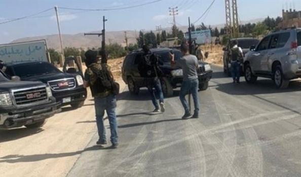 """عشيرة مدعومة من """"حـزب الله"""" تهدد طبيبين لبنانيين بالقتل"""